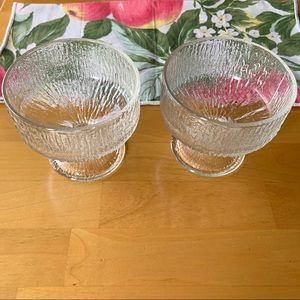 Set of 2   Textured ice footed dessert bowls